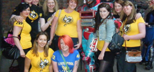 Liverpool Roller Birds meet Electra from Starlight Express!